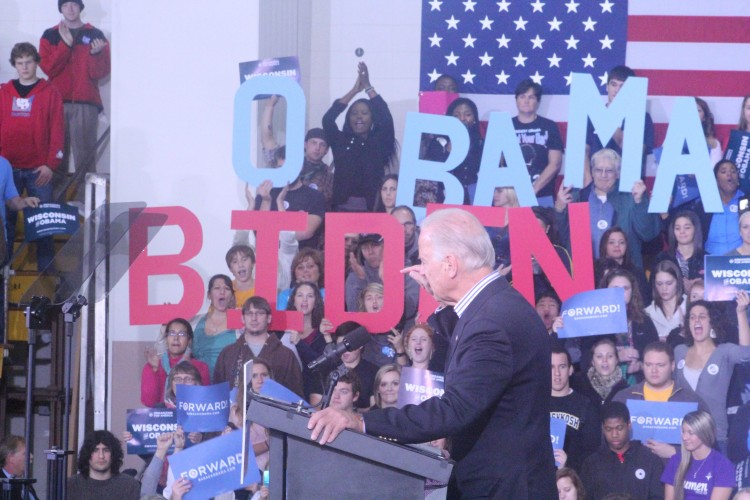 Biden Appeals To Middle Class In Oshkosh, Plugs Early Voting