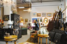 Independent resale shop works for greener South Loop