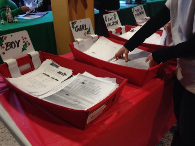 U.S. Postal Service Takes Families' Letters to Santa in 101st Year