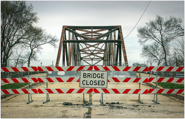 Closed Bridges have Blue Island Residents Driving in Circles