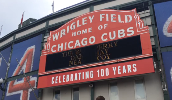Chicago Landmark Commission set to Vote on Wrigley Field Rennovations