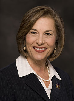 Rep. Jan Schakowsky Backs Sick Leave Requirements
